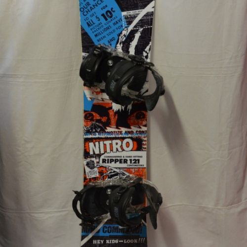 Prodám   Dětský snb Nitro Ripper 121 cm s vázáním Charger v   Komplet 97c2cd7d9e