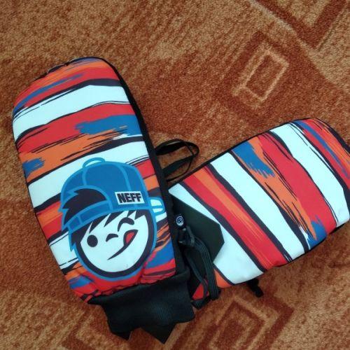 Prodám   Snowboardové rukavice NEFF   Oblečení 7725d6682e