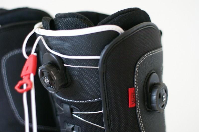 Snowboardové boty VANS Aura vel.44 (28.5cm)  6fcdcd471a